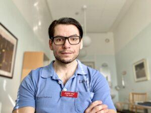 Juan Vaz Leonidas forskar om leversjukdomar på sjukhuset i Halmstad